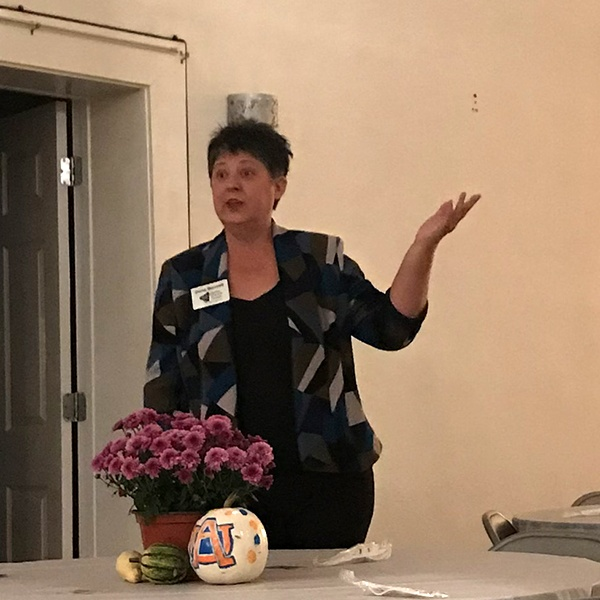 Dona Bonnett Guest Speaker for Ashville Chamber of Commerce:  Dona spoke on basics of a chamber of commerce & outlined steps in creating a successful chamber